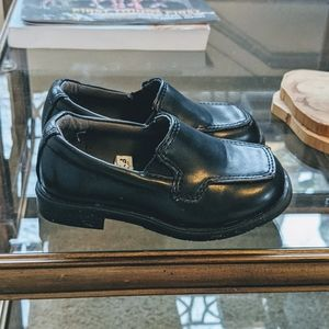 Cherokee black dress shoes